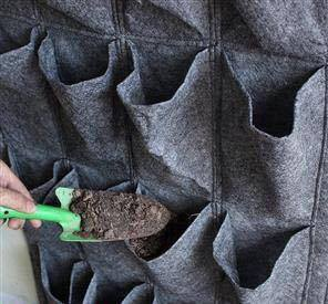 Trồng cây bằng túi vải
